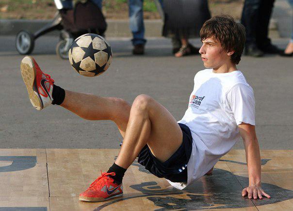 Футбольный фристайл
